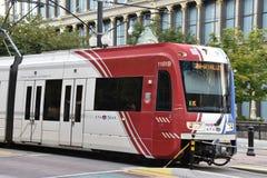 TRAX, sistema ferroviário da luz do ` s da autoridade do transporte de Utá, em Salt Lake City do centro foto de stock royalty free