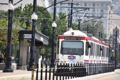 TRAX, sistema ferroviario della luce del ` s di autorità di trasporto dell'Utah, a Salt Lake City del centro immagini stock libere da diritti
