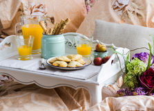 Tray with breakfast food Royalty Free Stock Photography