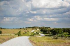 Trayectoria curvada tierra Fotos de archivo libres de regalías