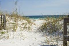 Trayectoria de la playa imágenes de archivo libres de regalías