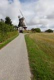 Trayectoria de los molinoes de viento Fotografía de archivo libre de regalías
