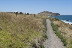 Trayectoria de reyes Beach al peñasco, a la península de Fleurieu, al SA y al H Foto de archivo