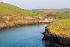 Trayectoria del sur de la costa oeste cerca del puerto Quin Cornwall foto de archivo libre de regalías