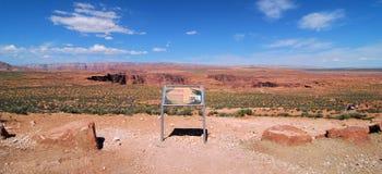 Trayectoria a la curva de herradura Arizona Foto de archivo libre de regalías