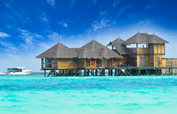 Trayectoria a la isla hermosa Imágenes de archivo libres de regalías
