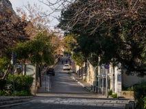 Trayectoria peatonal en la capital griega Atenas Imagen de archivo libre de regalías