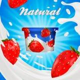 Trayez la promotion de saveur de yaourt d'annonce ou de fraise 3d éclaboussure de lait avec des fruits d'isolement sur le bleu Photo libre de droits