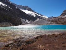 Trayez le lac à la réserve naturelle de Yading dans le comté de Daocheng, Chine Images libres de droits