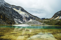 Trayez le lac, Aden et Daocheng, Sichuan Chine Photo stock