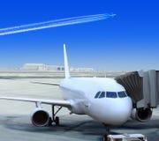 Trazador de líneas blanco en el aeropuerto imagen de archivo libre de regalías