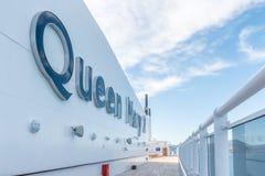 Trazador de líneas transatlántico de Queen Mary 2 imagen de archivo