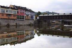 Träbro i staden av Lovech Royaltyfri Fotografi