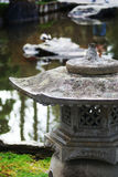trädgårds- japanskt latern Royaltyfri Foto