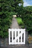 trädgårds- port Arkivbild