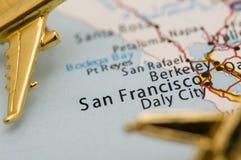 Tre aerei dorati sopra la California immagini stock