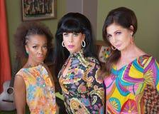 Tre allvarliga härliga kvinnor Arkivfoton