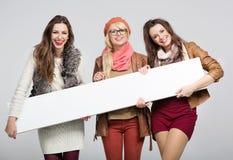 Tre amici femminili meravigliosi Immagini Stock Libere da Diritti