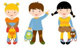 Tre baksidt till skolaungar stock illustrationer