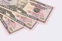 Tre banconote di 50 dollari isolate su fondo bianco Fotografie Stock