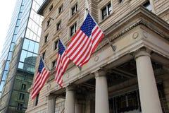 Tre bandiere all'entrata dell'hotel di Fairmont, 2014 Fotografia Stock