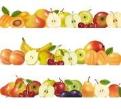 Tre bordi di disegno della frutta isolati su bianco. Fotografia Stock