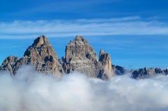 Tre Cime di Lavaredo峰顶, Dolomit阿尔卑斯山 免版税库存照片