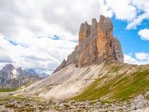 Tre Cime di Lavaredo, aka Drei Zinnen, formação de rocha nas dolomites, Itália Foto de Stock Royalty Free