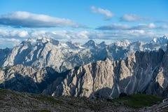 Tre Cime di Lavaredo Alpi delle dolomia L'Italia Fotografia Stock
