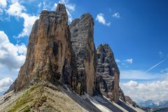 Tre Cime di Lavaredo Drei Zinnen,是三白云岩的最著名的峰顶,在Sesto白云岩,意大利 库存图片