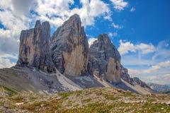 Tre Cime di Lavaredo Drei Zinnen, es tres de los picos más famosos de las dolomías, en Sesto Dolomites, Italia Fotografía de archivo libre de regalías