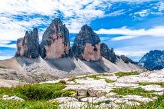 Tre Cime di Lavaredo, en Italia Foto de archivo libre de regalías