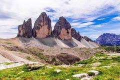 Tre Cime di Lavaredo en las dolomías de Sexten de Italia del noreste Imagen de archivo