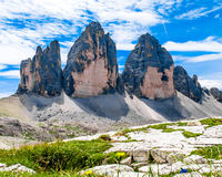 Tre Cime di Lavaredo tre maxima av Lavaredo i Italien Arkivbilder