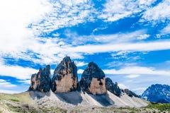 Tre Cime di Lavaredo tre maxima av Lavaredo i Italien Arkivfoton
