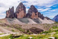 Tre Cime di Lavaredo nas dolomites de Sexten de Itália do nordeste Imagem de Stock Royalty Free