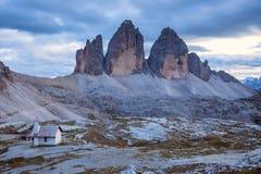 Tre Cime di Lavaredo nelle alpi della dolomia - Italia Fotografia Stock Libera da Diritti