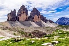 Tre Cime di Lavaredo nelle dolomia di Sesto dell'Italia di nordest Immagini Stock Libere da Diritti