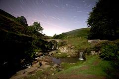 Tre contee dirigono la cascata alla notte Fotografia Stock Libera da Diritti