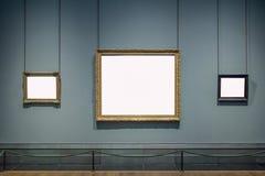 Tre cornici decorate Art Gallery Museum Exhibit Blank Whi immagine stock