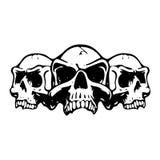Tre crani spaventosi, siluetta su fondo bianco, immagini stock libere da diritti