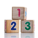 Tre cubi con le cifre 123 Immagini Stock Libere da Diritti