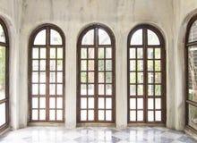 Tre exponeringsglas fönster Royaltyfri Bild