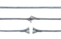 Tre faser av en brytande metallkabel Arkivfoton