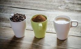 Tre fasi della preparazione del caffè Fotografie Stock