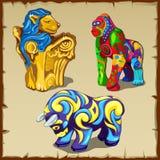 Tre figure degli animali con pittura variopinta originale Fotografie Stock