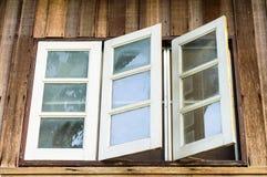 Tre finestre bianche Immagini Stock Libere da Diritti
