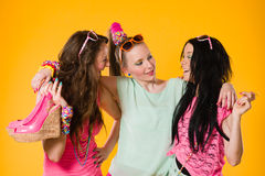 Tre flickvänner Royaltyfri Bild