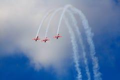 Tre flygplan på flygshow Arkivfoto
