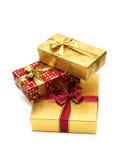 Tre giftboxes isolati Immagini Stock